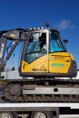 MECALAC 712 MC : Une pelle 12.0t productive sur tous les terrains